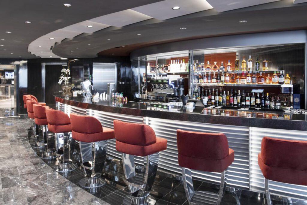 MSC Grandiosa, MSC Yacht Club - Top Sail Lounge