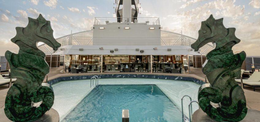 Foto: MSC Cruises  MSC Seaside, MSC Yacht Club Pool
