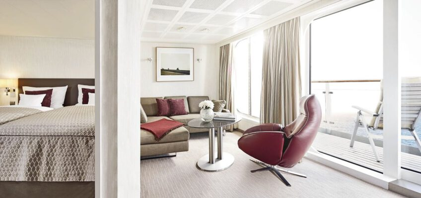 © Hapag Lloyd Cruises Europa -Penthouse-deluxe-Suite