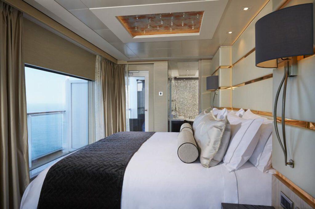 Norwegian Cruise Line The Haven-Bliss Haven Deluxe Owner's Suite